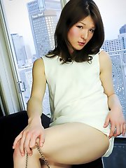 Im proud to introduce the latest beauty to our site, the lovely Kaoru Shiraishi. Take a moment to soak in her beauty!