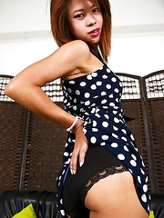 BB is 20 years old, petite, cute face, small hands, nice cock and a cute tiny ass. She is pretty reserved, calm, smily but not shy. Very sweet and pol
