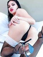 TS Filipina Beautiful Hottie Ass Toying