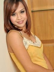 Asian Femboy - Aun