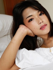 19yo pretty Thai ladyboy Pream gets face covered in jizz