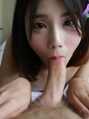 18yo Chinese ladyboy Dream gets a load of cum in the mouth