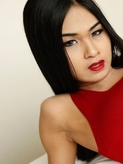 19yo hot Thai ladyboy Pop gets ass slammed and then facialized